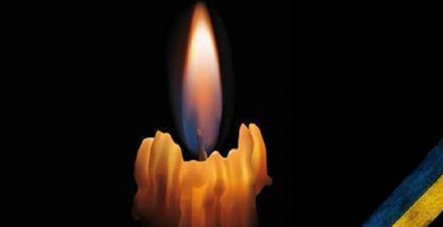 Співробітники ДСНС вшанували пам'ять рятувальника Сергія Шатохіна, який загинув під час евакуації людей із палаючого будинку в Одесі - Цензор.НЕТ 6951
